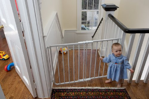 Superbly Designed To Block Off The Top Of A Stairway, The Cardinal Gates  Stairway Special Gate Is The Best Safety Gate For Top Of Stairs.